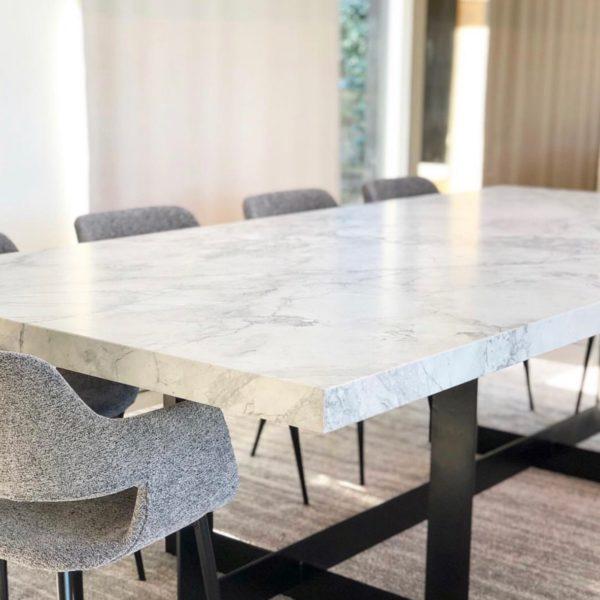 dizajnirani trpezarijski stolovi